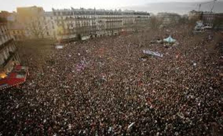 Manifestazione Como antifascista Pd contro blitz naziskin