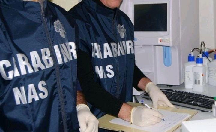 Mazzette su farmaci: blitz a Parma, 19 arresti tra medici e imprenditori